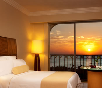 Deluxe Sunset Lagoon View Room, 1 king