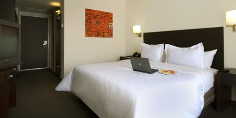 Hotel Fiesta Inn Ciudad Obregon Habitaciones Carousel