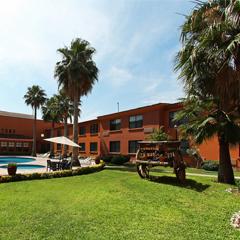 Hotel Fiesta Inn Saltillo Overview Carousel