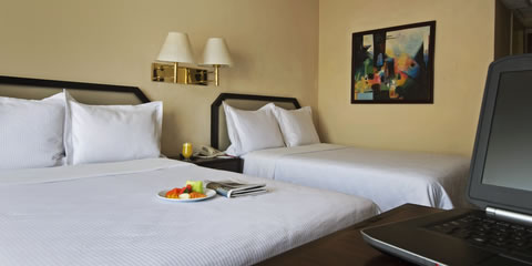 Hotel Fiesta Inn Aeropuerto Ciudad de Mexico Habitaciones Carousel
