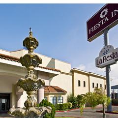 Hotel Fiesta Inn Monterrey La Fe Aeropuerto Información general Carousel