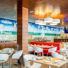 Hotel Fiesta Inn Playa Del Carmen Overview Restaurant La Isla