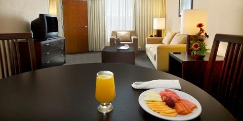 Hotel Fiesta Inn Reynosa Habitaciones Carousel