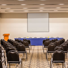 Hotel Fiesta Inn Pachuca Gran Patio overview Meeting Room Salones para juntas y eventos